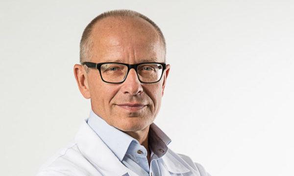 Lek. med. Dariusz Żak