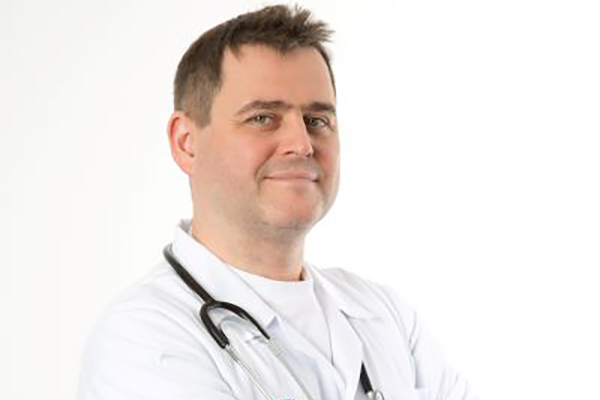 Dr n. med. Tomasz Sarosiek